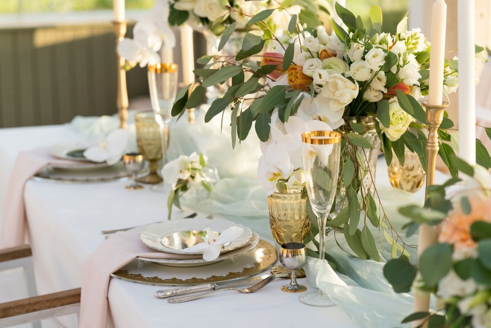 beautiful white wedding guest table.jpeg