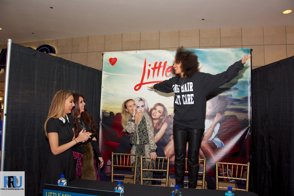 Little Mix Album Signing 16.jpg