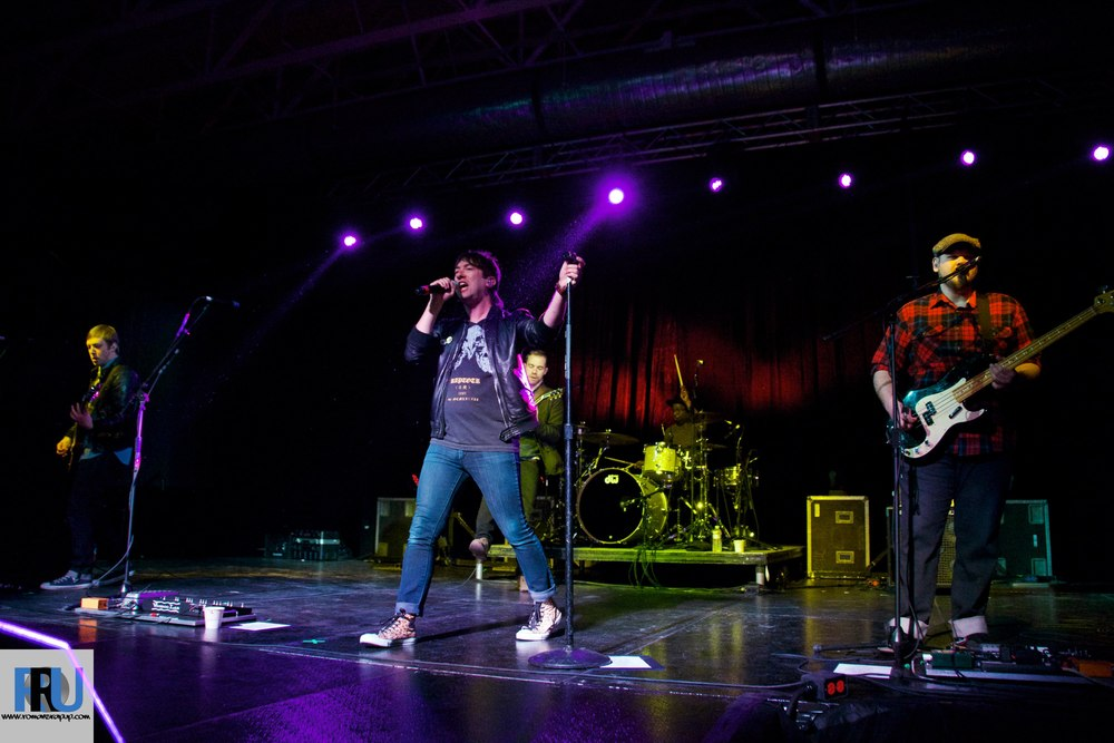 Plain White T's performing at Merrimack College. Photo by Benjamin Esakof/Roman's Rap-Up.
