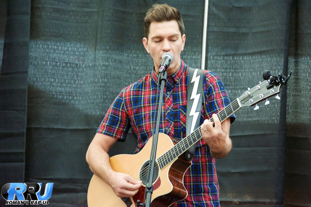 Andy Grammer North Shore Mall 6.jpg