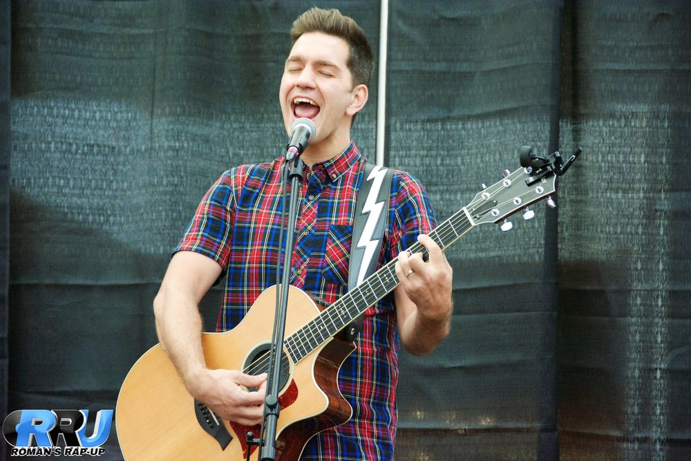 Andy Grammer North Shore Mall 7.jpg