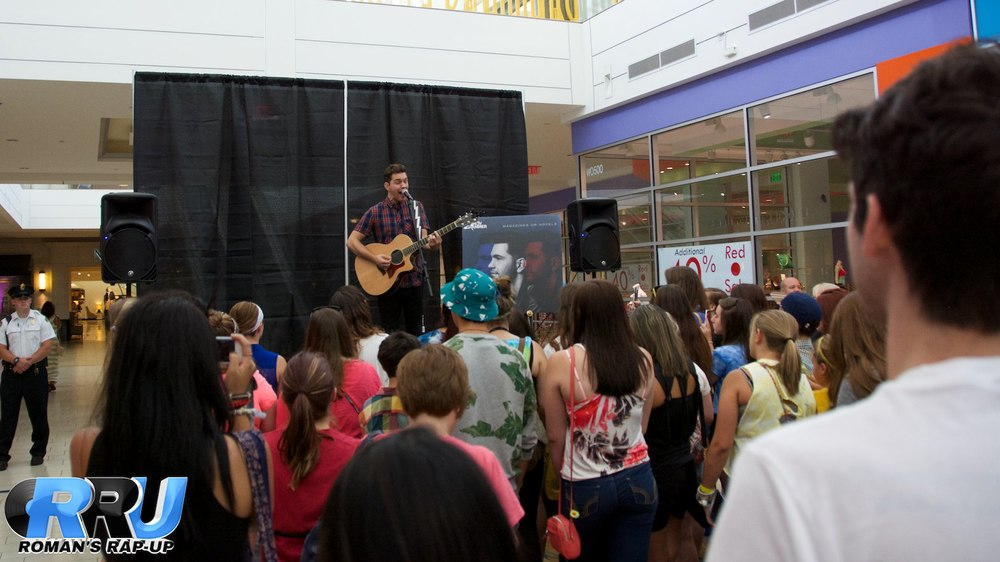 Andy Grammer North Shore Mall 11.jpg