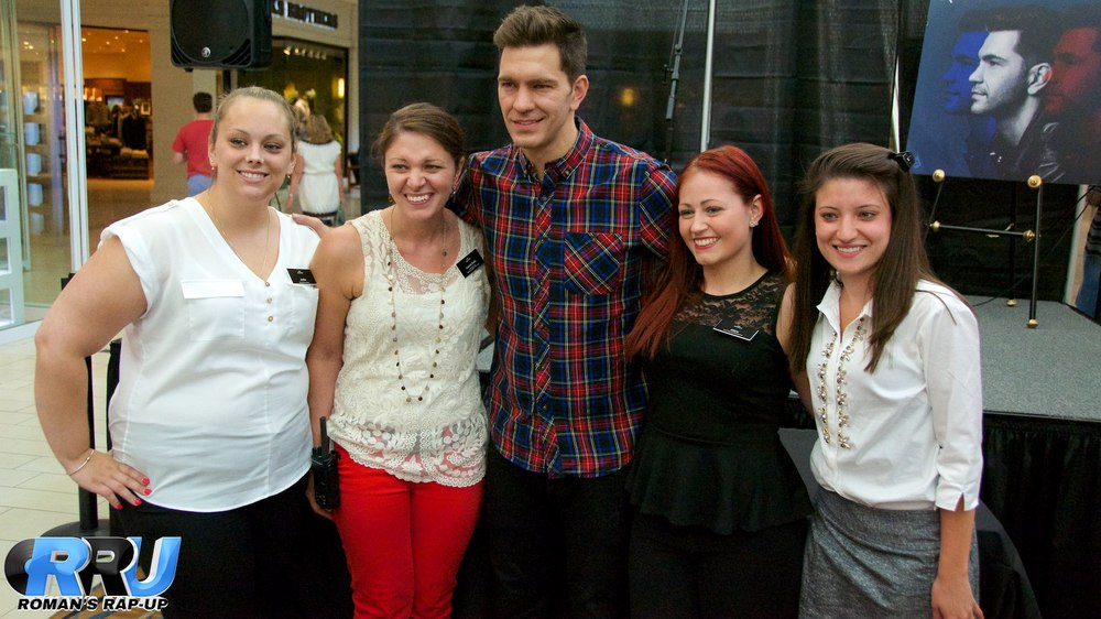 Andy Grammer North Shore Mall 54.jpg