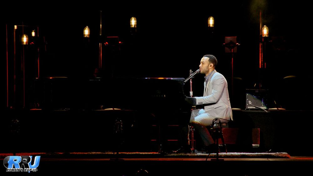 "John Legend performing at the Blue Hills Bank Pavilion in Boston, MA on August 9th as part of his ""All Of Me"" tour. (Benjamin Esakof/Roman's Rap-Up)"