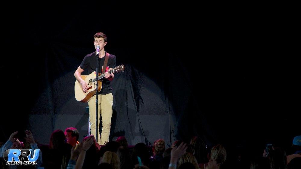 Shawn Mendes 9.jpg