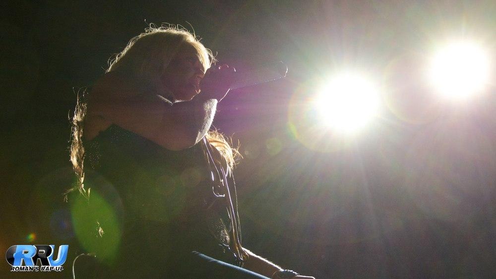 Brad Paisley w- Leah Turner 7.jpg
