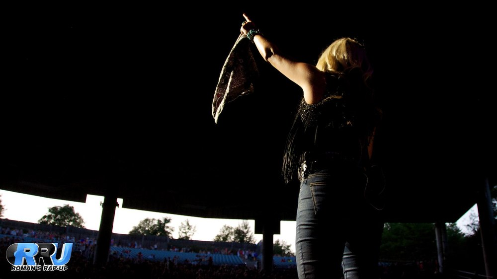 Brad Paisley w- Leah Turner 8.jpg