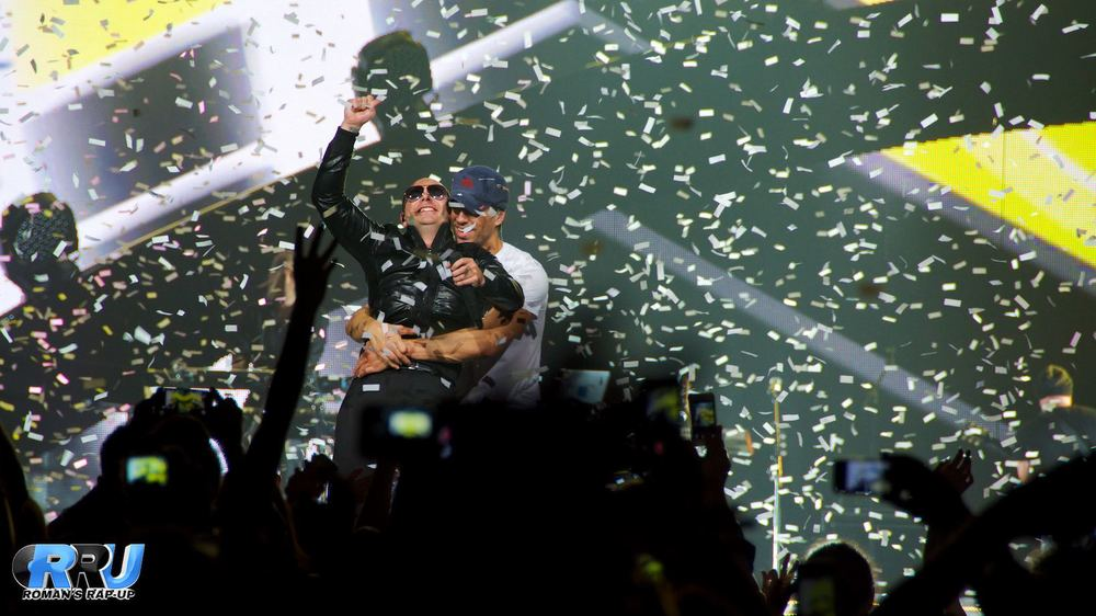 Enrique Iglesias and Pitbull perform together in Boston, MA on September 29th, 2014 (Benjamin Esakof/Roman's Rap-Up).