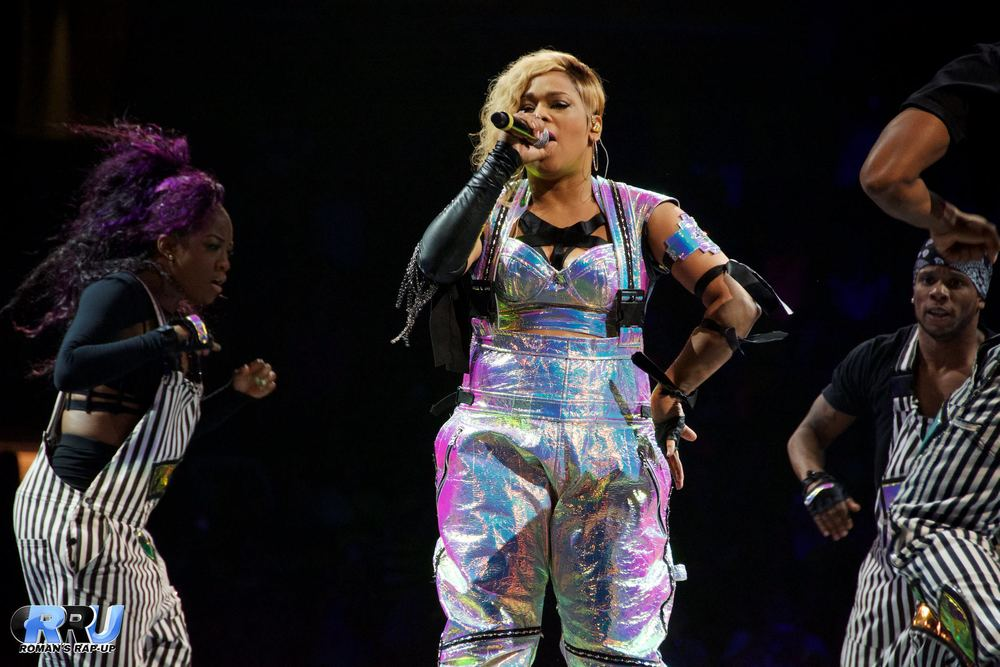 NKOTB w- Nelly & TLC 18.jpg