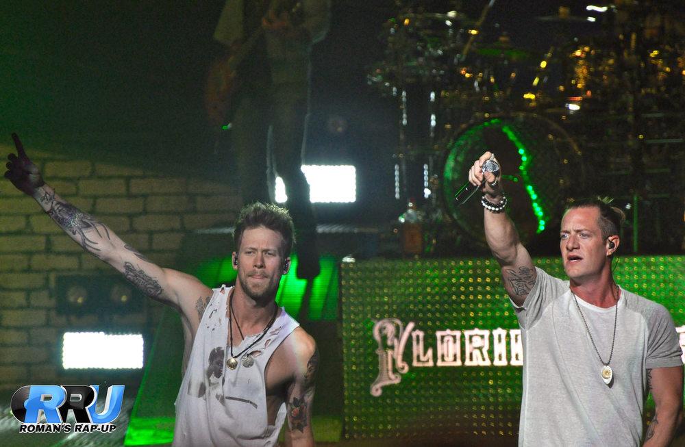Florida Georgia Line performing in Mansfield, MA on September 12th, 2015 (Jenna Cavanaugh/Roman's Rap-Up).