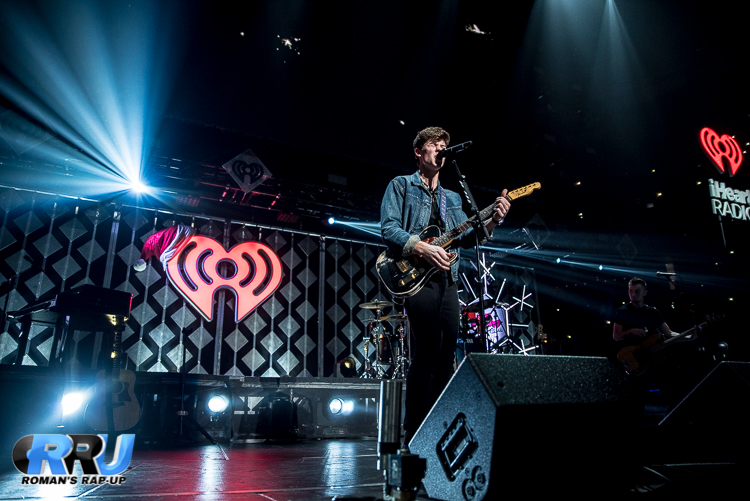 Shawn Jingle Ball_-26.jpg