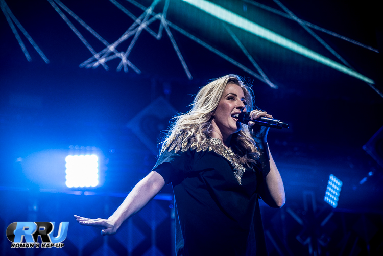 Ellie Jingle Ball_-24.jpg