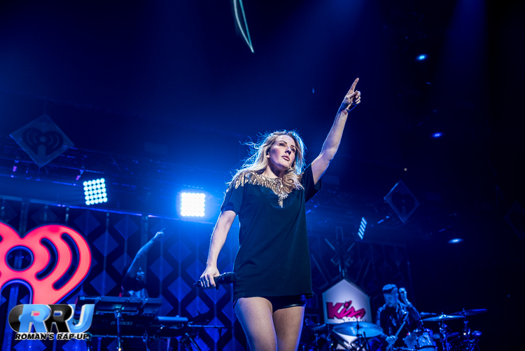 Ellie Jingle Ball_-15.jpg