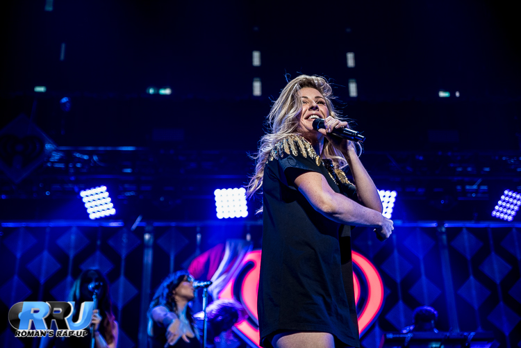Ellie Jingle Ball_-13.jpg
