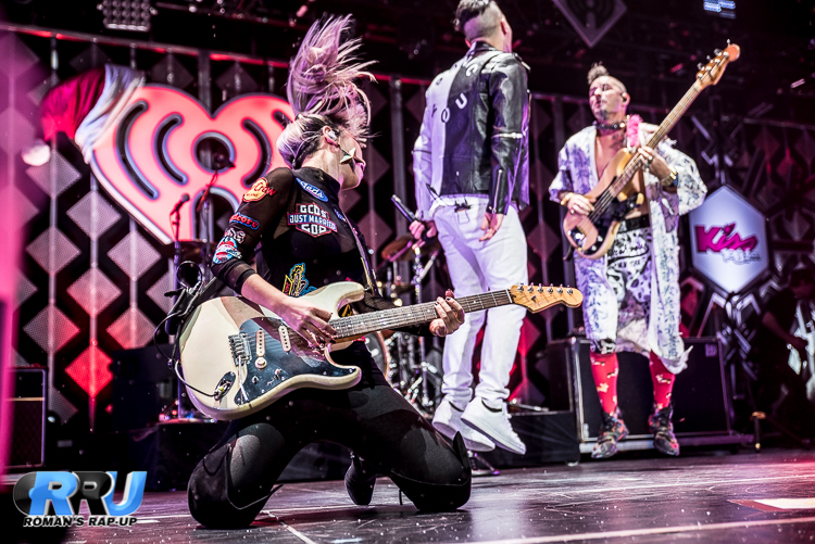 DNCE Jingle Ball_-16.jpg