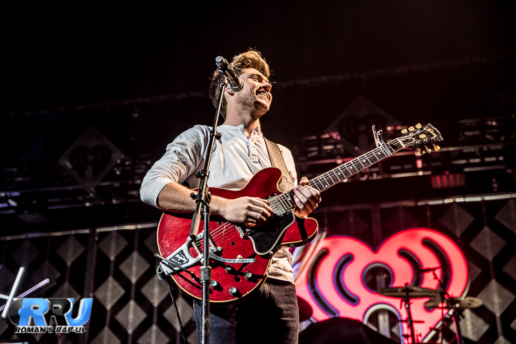Niall Jingle Ball_-2.jpg
