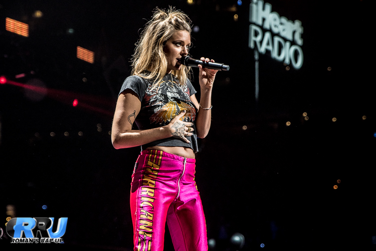 Tove Lo Jingle Ball_-4.jpg
