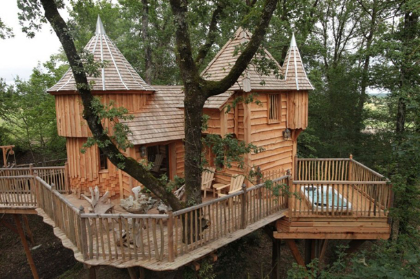 photos-luxury-tree-houses-airbnb.sw_.29.jpg