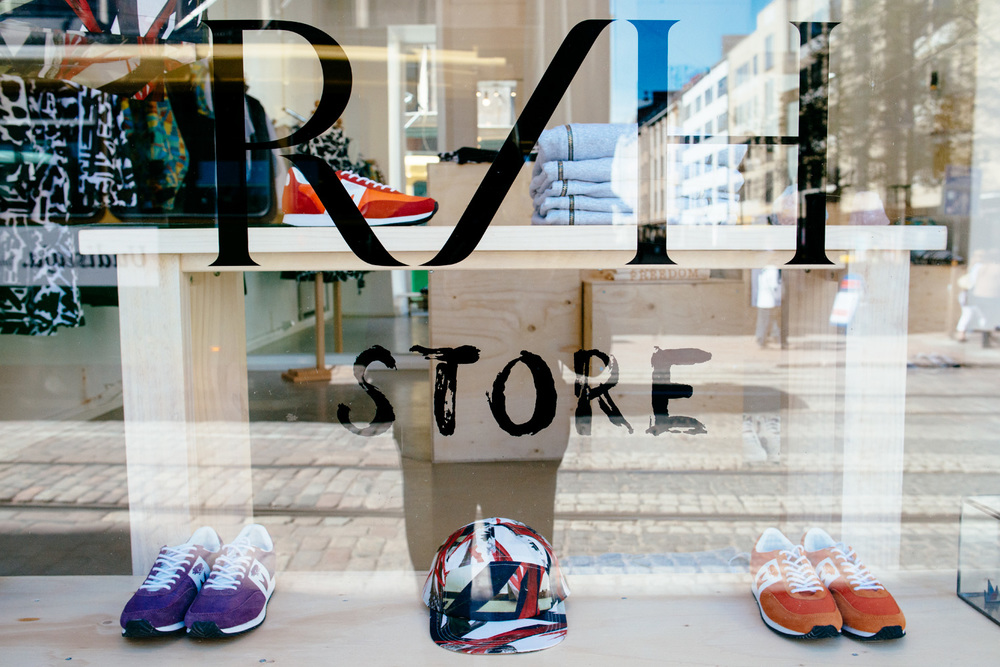 R/H Store