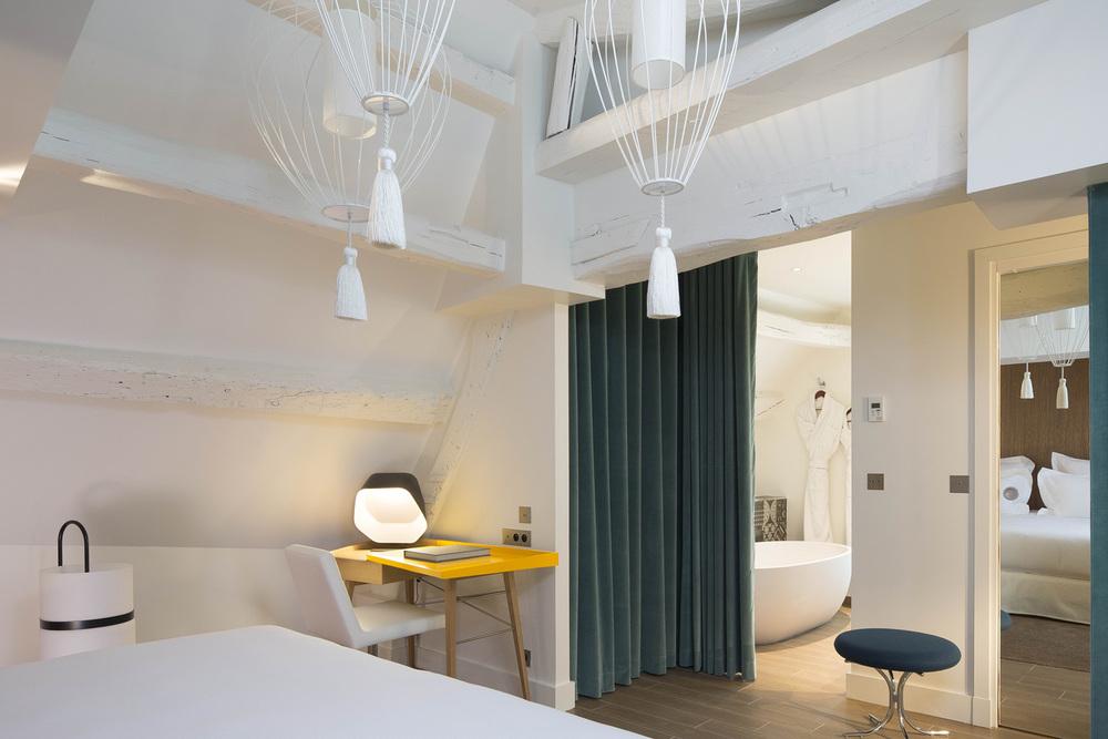 DUPOND SMITH HOTEL_CLARA GAZUL 4.jpg