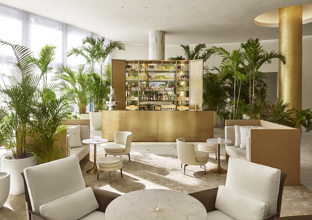 The Miami beach EDITION - Lobby Bar.jpg