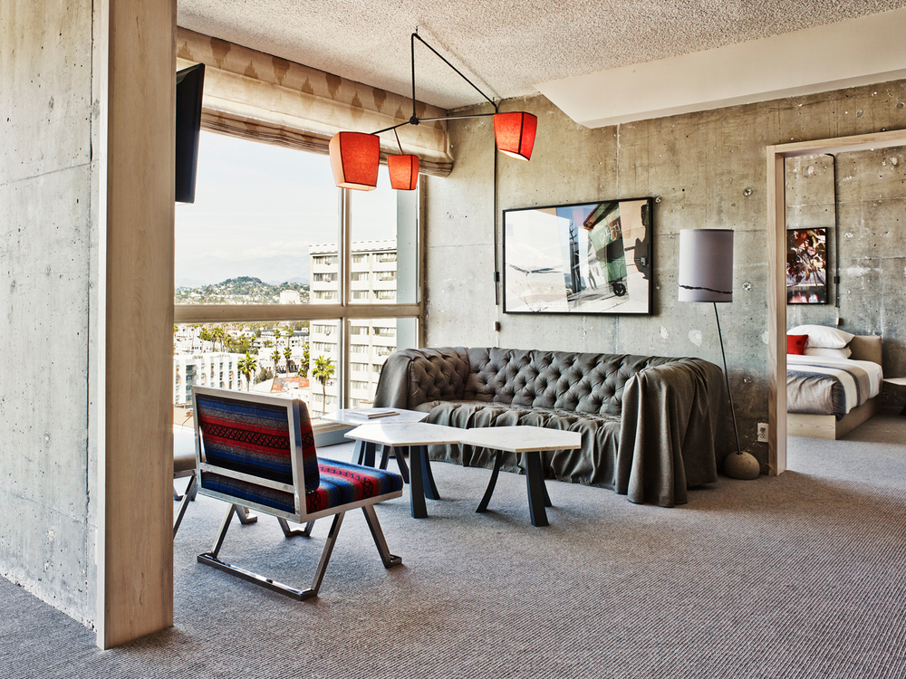 Hollywood Hills Apt Suite 2_Adrian Gaut_16.jpg