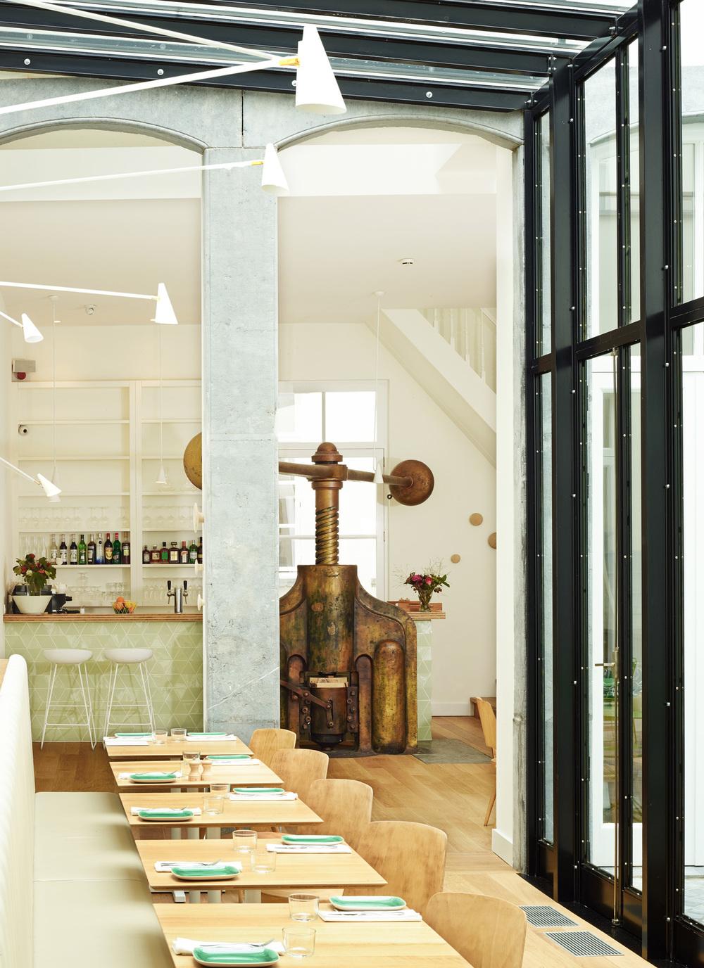 Hotel des Galeries - Restaurant (4).jpg