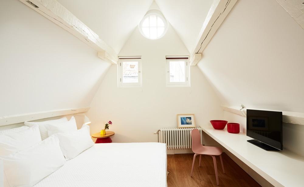 Hotel des Galeries - Duplex Suite (2).jpg