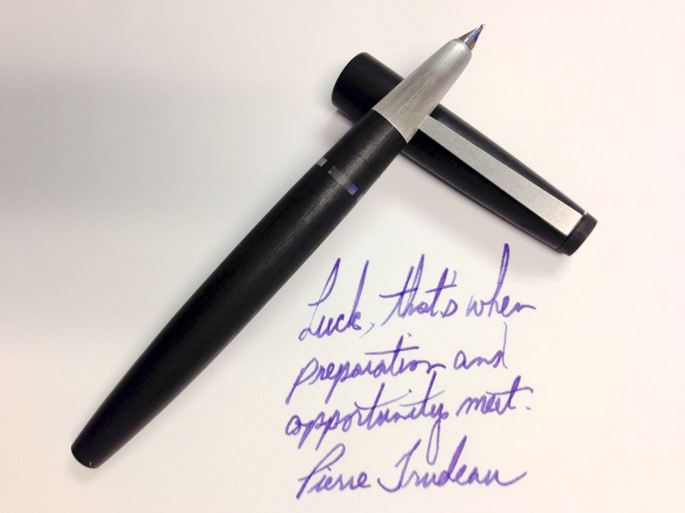 Lamy 2000 - 14k MK nib with Sailor Jentle Ultra Marine ink.