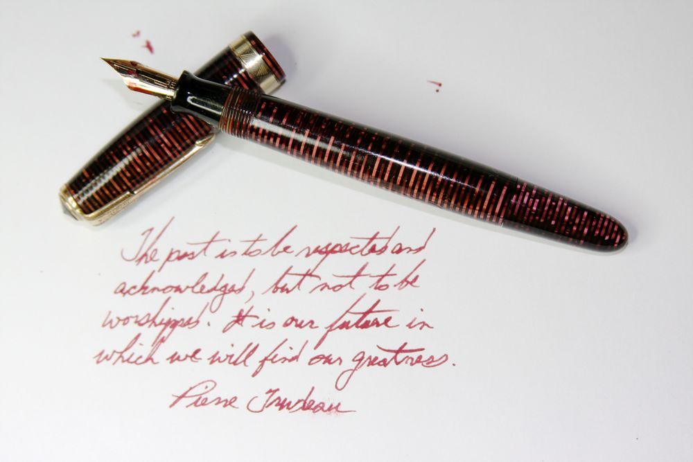 "Parker Canada Vacumatic Burgundy Pearl with ""Split Arrow"" clip inked with Visconti Bordeaux."