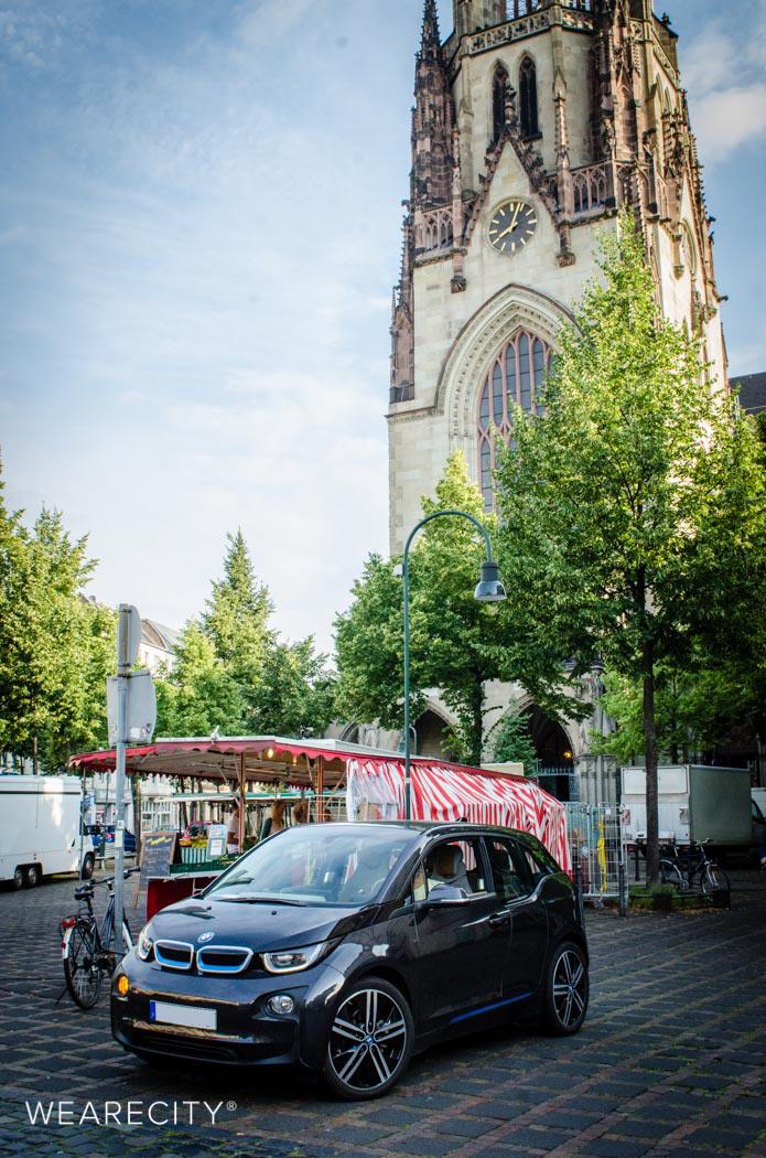 BMWi3 an der Agneskirche | Neusser Platz