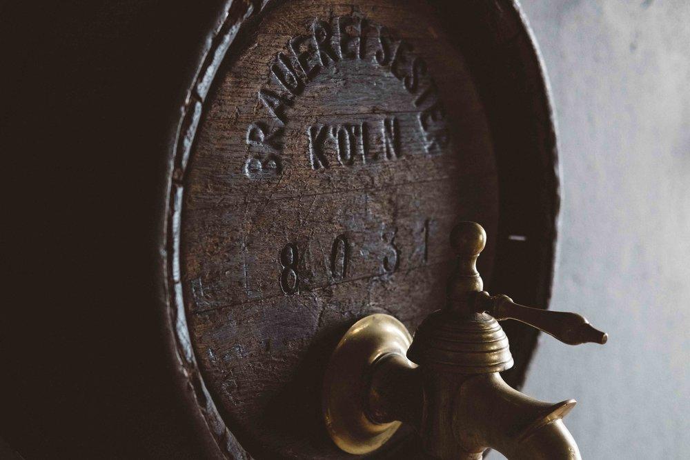 heineken-bar-rook-building-koeln-atheneadiapoulis-2.jpg