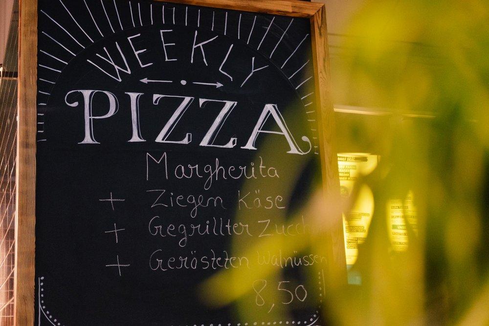 wearecity-neoneo-pizza-veedel-guide-koeln-atheneadiapoulis-2017-5.jpg