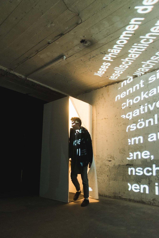 20171103-Ausstellung-72-Stunden-Bunker-NathanIshar-35.jpg