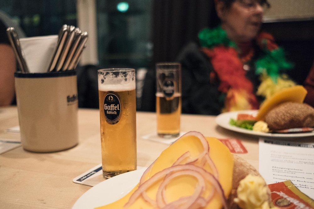 hännesche-puppensitzung-gaffel-karneval-koeln-wearecity-atheneadiapoulis-7.jpg