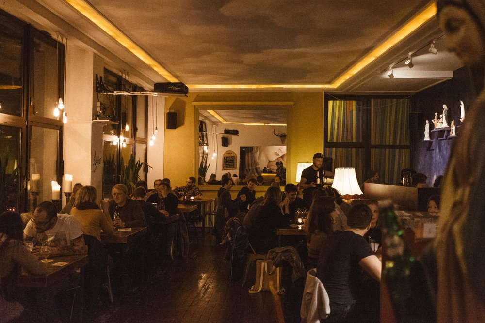 mariaeet-cafe-wearecity-koeln-bar-atheneadiapoulis-1.jpg