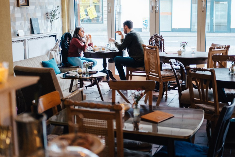 rheinindiekueche-cafegoldjunge-koeln-buch-cafe-wearecity-atheneadiapoulis-8.jpg