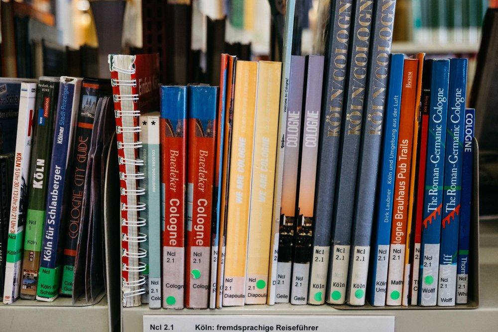 stadtbibliothek-buch-literatur-koeln-wearecity-atheneadiapoulis-4.jpg