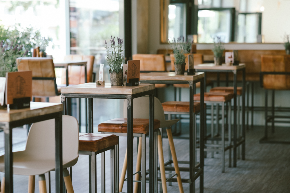 vincenz-restaurant-gaffel-koeln-wearecity-ehrenamt-atheneadiapoulis-8.jpg