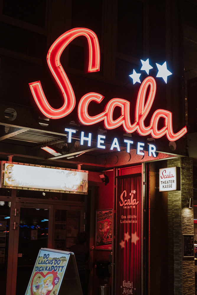 scala-theater-karneval-wearecity-koeln-atheneadiapoulihariman-1.jpg