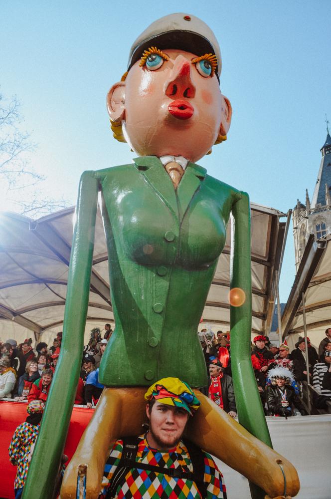 karneval-rosenmontag-zug-wearecity-atheneadiapoulihariman-4.jpg