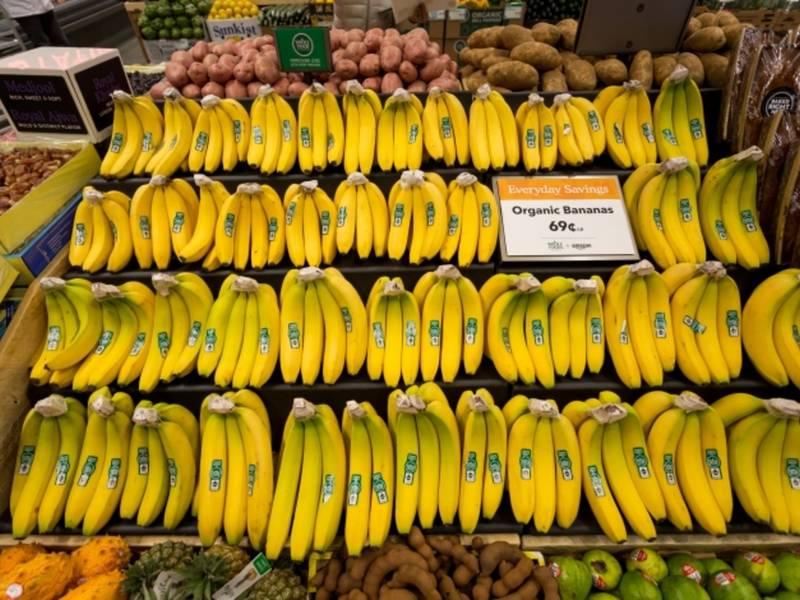 wholefoodsbananas-1520348314-192.jpg