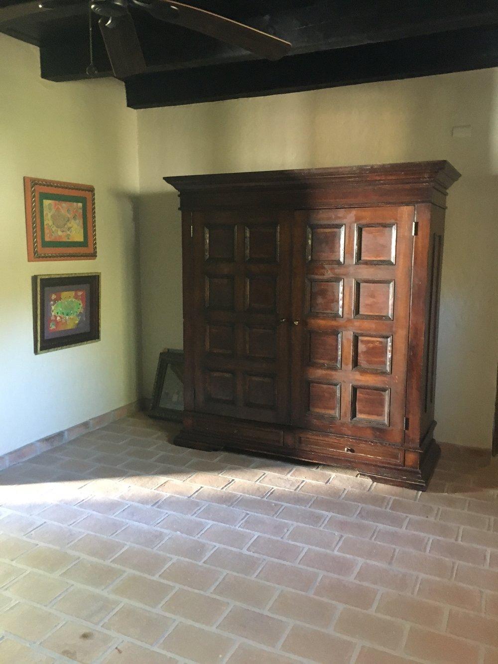 sebastian dresser.JPG