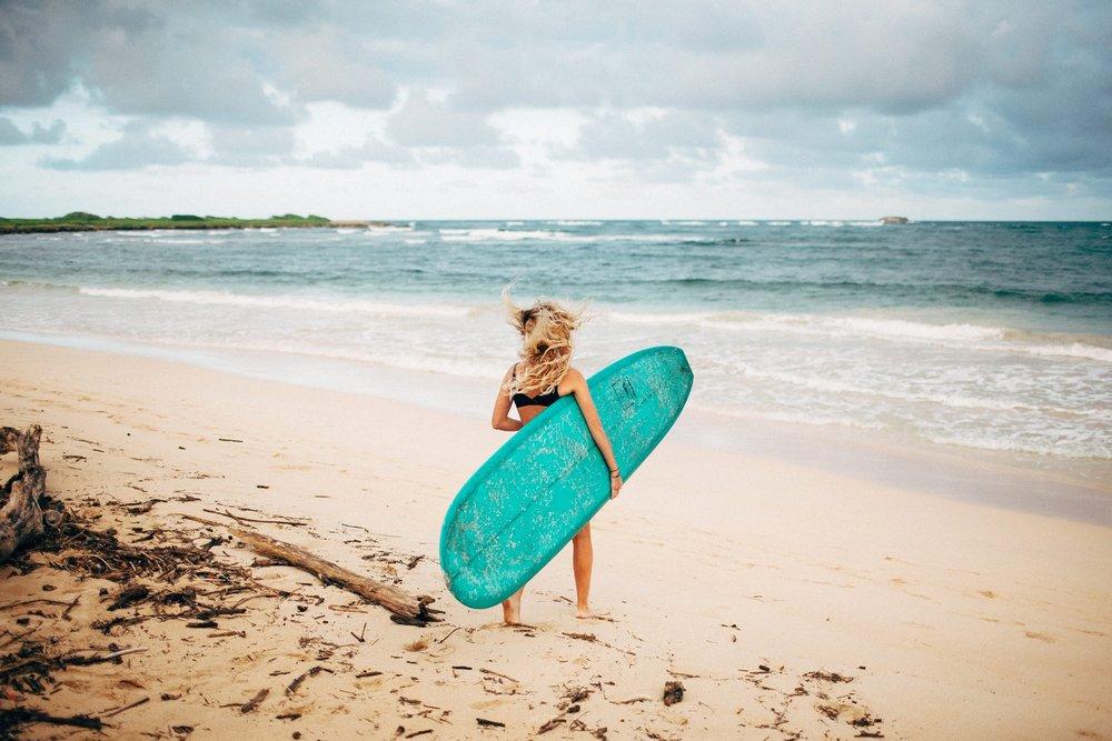 surfing-adventure-couple-session_0007.jpg