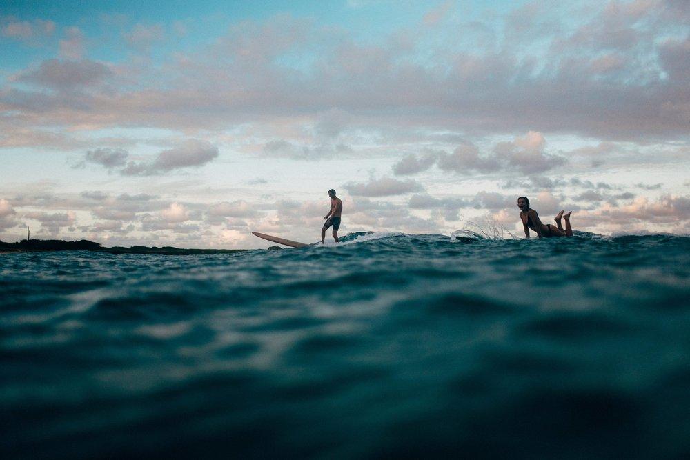surfing-adventure-couple-session_0016.jpg