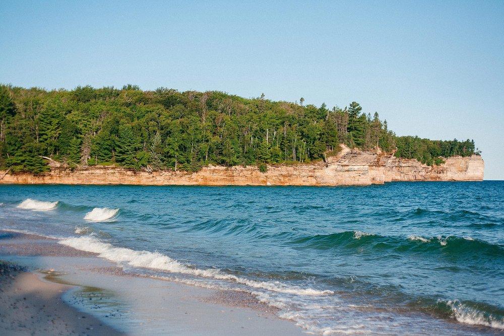 backpacking-michigan-upper-peninsula-pictured-rocks-camping-lake-superior_0057.jpg
