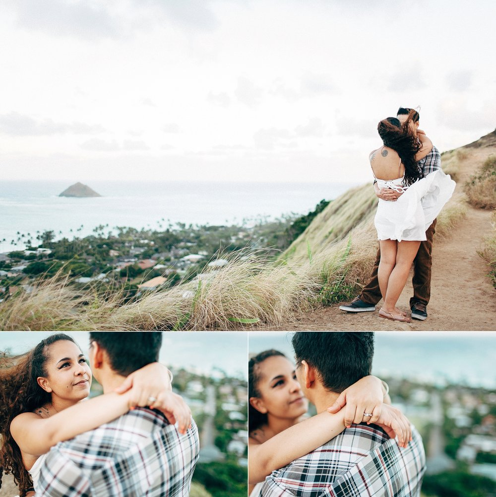 natural-engagement-photographer-at-kailua-lanikai-beach-islands-on-oahu_0019.jpg
