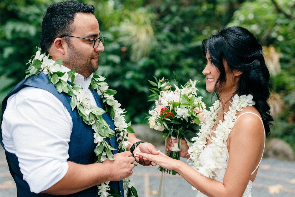 Honest Photographs from a First Look, Hawaii Elopement Wedding Photographers