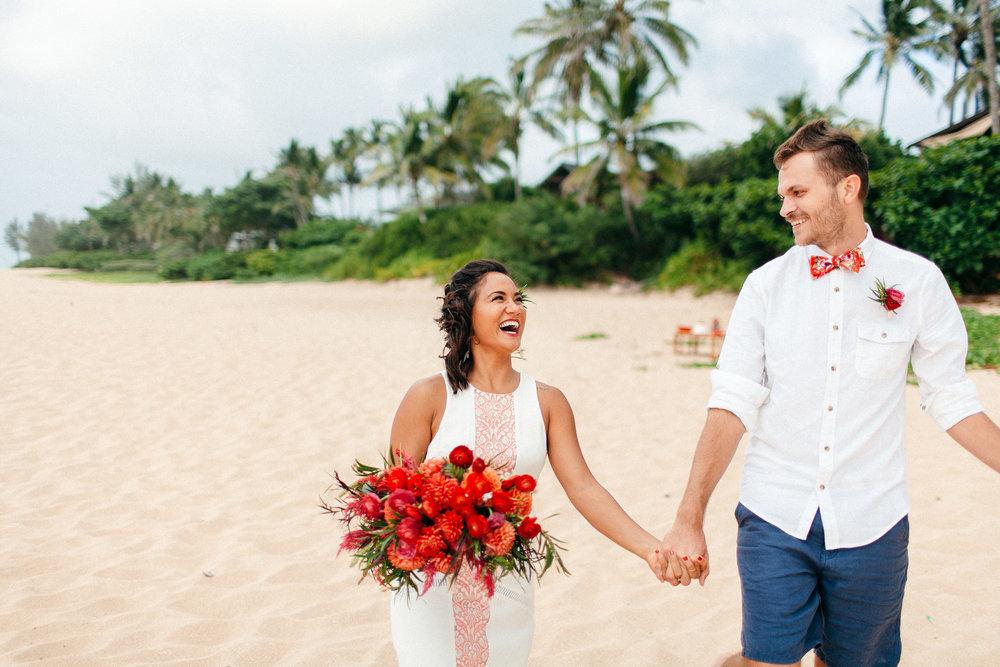 North Shore Oahu Elopement - Hawai'i Wedding Photographer