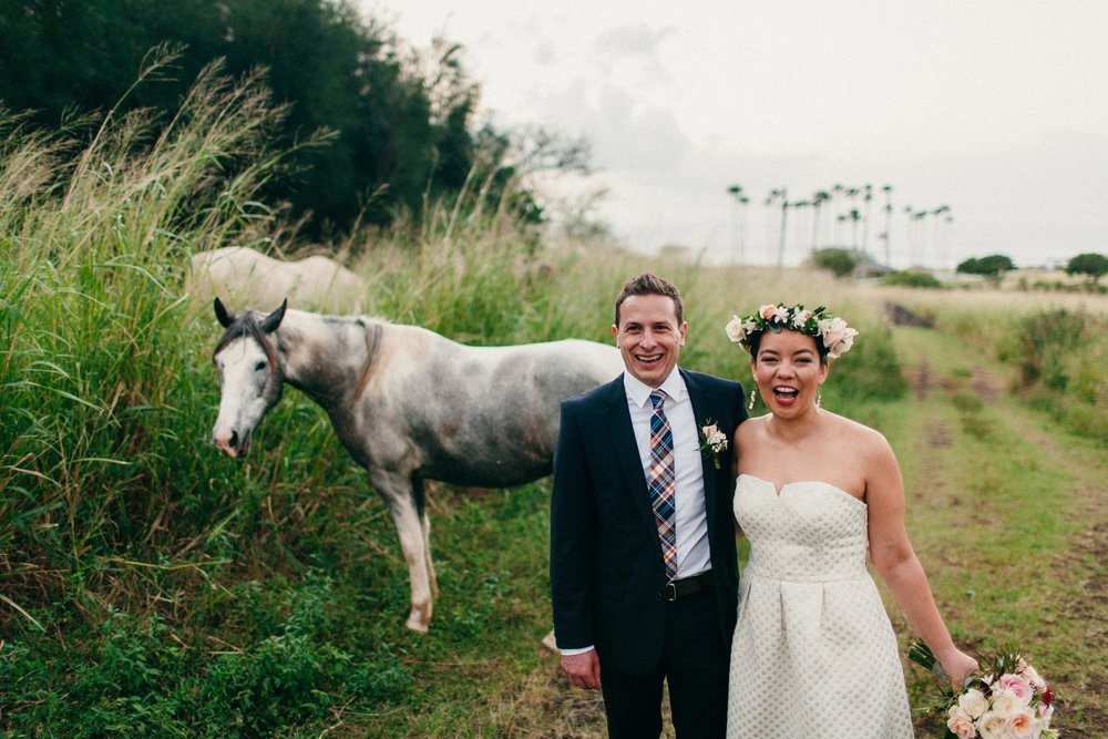 The Best Hawai'i Wedding Photographers - Destination Elopement